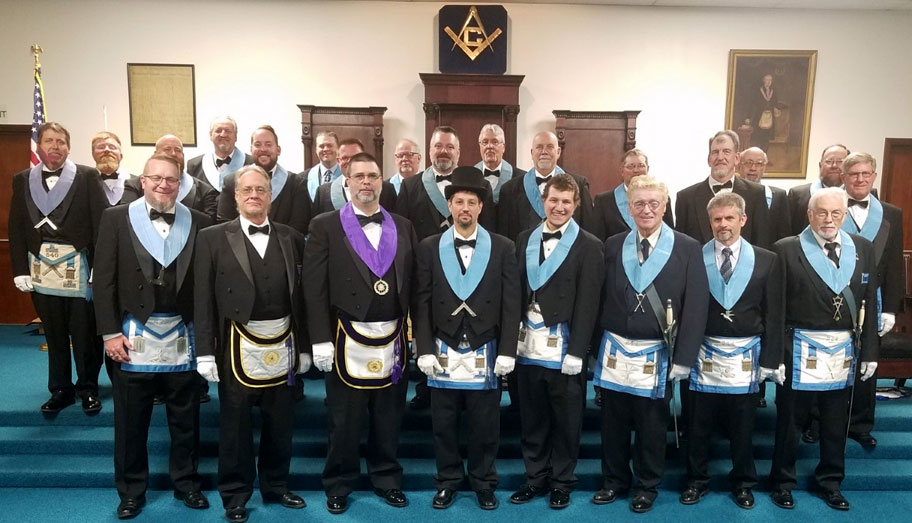 district 27 District Deputy Grand Master visits lodge 244